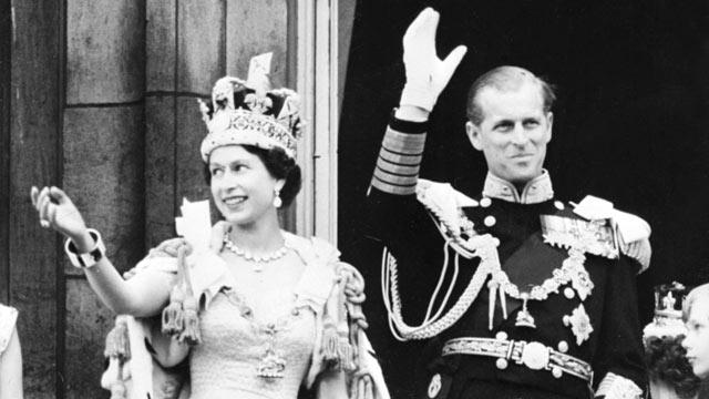 gty_queen_elizabeth_ii_coronation_1953_wmain