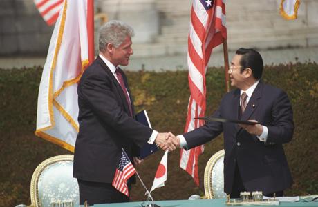 Clinton_Hashimoto_1996