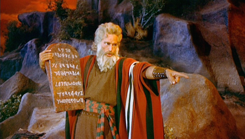 s_Charlton-Heston-as-Moses
