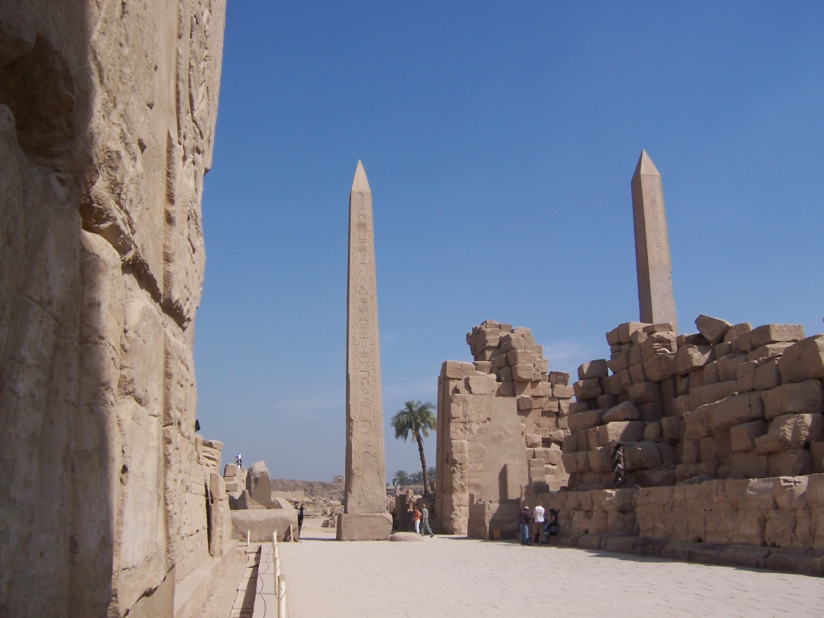 KarnakTemple@LuxorEgypt_obelisks_2007feb9-01_byDanielCsorfoly