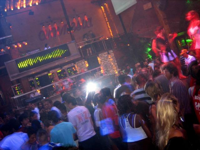 s_Amnesia_Ibiza_2006