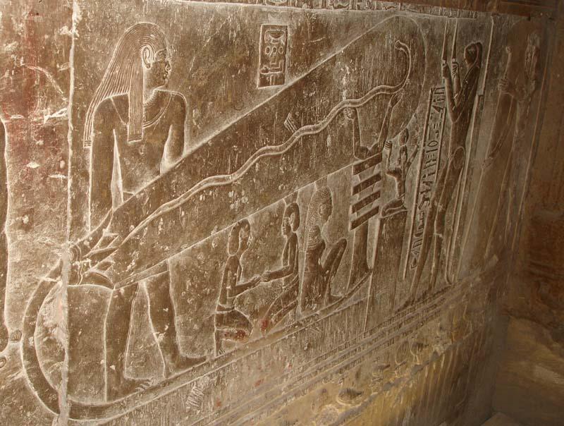 Джед-в-храме-богини-Хатхор-в-Дендере1