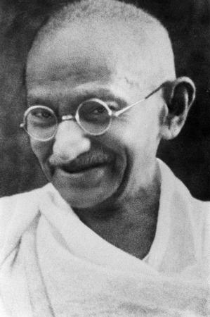 s_Portrait_Gandhi-2